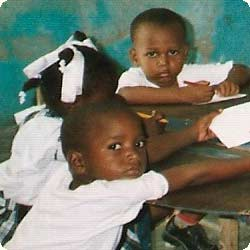 Photo d'un enfant haïtien, école St Alphonse