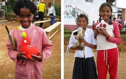 Cadeaux de Noël aux élèves de l'école Akany Aina à Madagascar