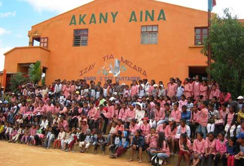 Fête du 20ème anniversaire du Centre Akany Aina à Madagascar