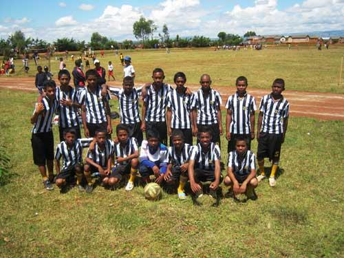 L'équipe de foot cadette d'Akany Aina participe au tournoi inter établissement de l'académie d'Ambatolampy