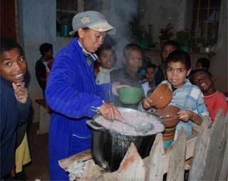 Le repas du spir du Centre Akainy Aina à Madagadscar