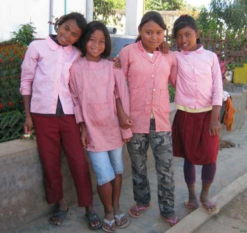 Ecolières du centre Akany Aina à Madagascar