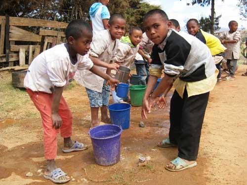 Célébration de la journée mondiale de l'hygiène des mains à l'école Akany Aina, Madagascar