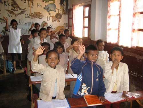 Les enfants d'Akany à Madagascar vous remercient