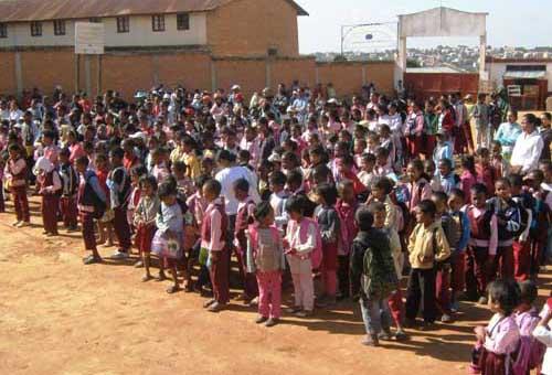 Rentrée des classe au Centre Akany Aina à Madagascar
