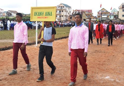 L'école Akany Aina invitée à participer à la parade de la Fête de l'Indépendance de Madagascar à Ambatolampy