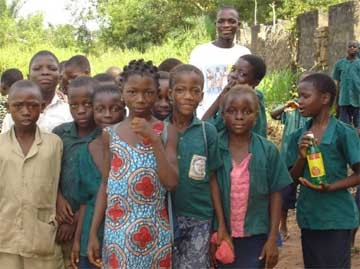 Jeunes orphelins d'Afrique