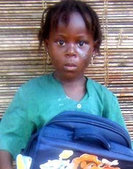 Photo d'une jeune orpheline parrainée au Bénin