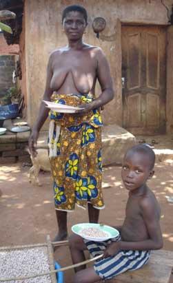 Aide alimentaire aux orphelins du sida au Bénin