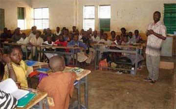 Une classe de l'école primaire de Samissi au Burkina Faso