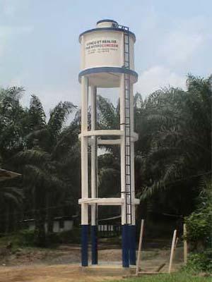 Un château d'eau pour les pygmées au Cameroun