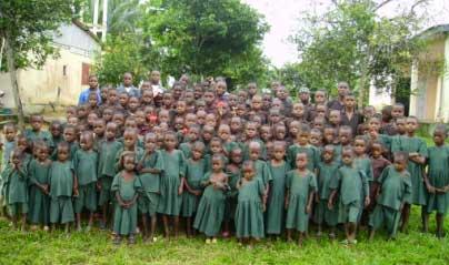 SOS Enfants et la communauté des Pygmées Bagyeli de Bipindi au Cameroun