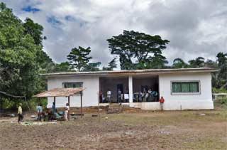 Foyer Akpom 2 pour la scolarisation des enfants Pygmées au Cameroun