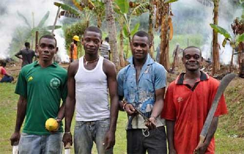 Jeunes Pygmées de Bipindi en formation agricole