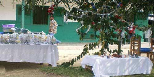 Noël au Fondaf pour les enfants Pygmées