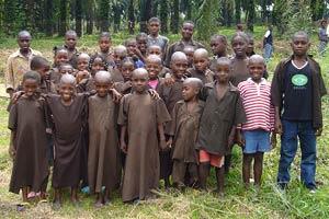 Rentrée scolaire pour les élèves de l'école primaire, Fondaf Bipindi, Cameroun