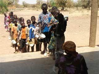 Une cantine pour l'école de Kouila au Burkina Faso