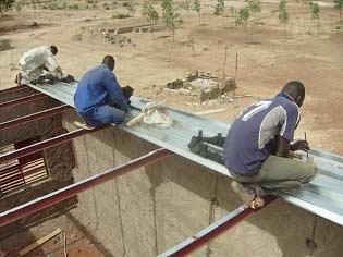 Construction de l'extension de l'école de Guiè B