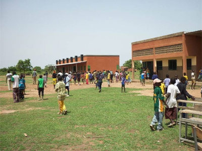 Ecoles primaires à Guiè