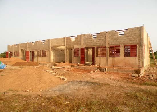 Le chantier de construction de l'école de Koulmastanga au Burkina Faso