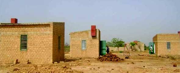 Construction de trois cases pour hôtes de passage, Ferme Pilote de Goèma, Burkina Faso