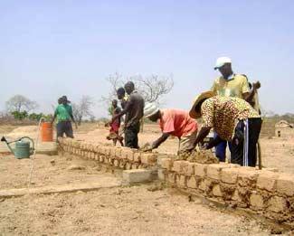 Formation des maçons à Goèma, Burkina Faso