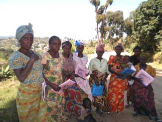 Groupe de femmes ayant suivi la formation d'alphabétisation, RDC, Nord Kivu