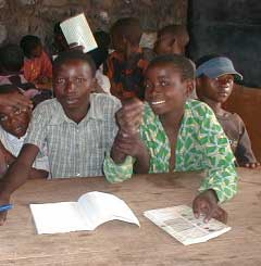 Alphabétisation des enfants soldats démobilisés à Goma