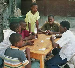 Ateliers de vacances à l'école St Alphonse en Haïti