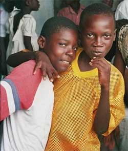 Elèves de l'école St Alphonse en Haïti, ateliers de vacances