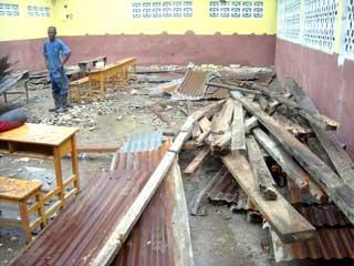 Dégâts causés par le cyclone Hanna, école St Alphonse ,bidonville de Cité Soleil en Haïti
