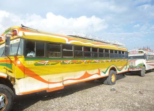 Autocar d'Haïti, bidonville de Cité Soleil à Port au Prince