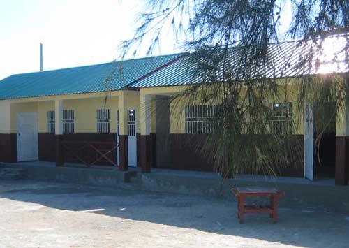 Le bâtiment du primaire de l'école St Alphonse de Cité Soleil reconstruit après le séisme en Haïti