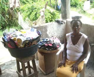 Micro crédits pour permettre aux familles de Cité Soleil en Haïti d'entreprendre un petit commerce