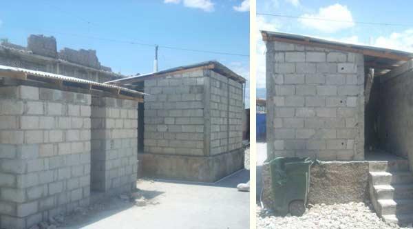 Un bloc sanitaire a été construit dans la cour de l'ancien centre de formation de l'école St Alphonse de Cité Soleil en Haïti