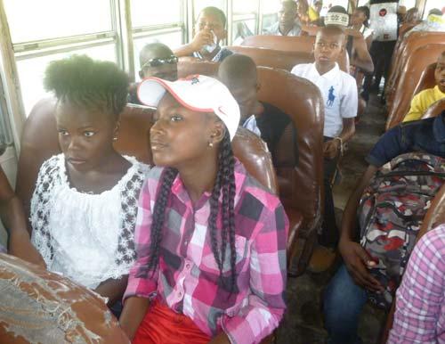 Transport d'enfants en Haïti