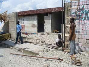 Réhabilitation des infrastructures pour préparer la rentrée scolaire, Cité Soleil, Haïti