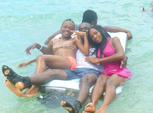 Bain de mer, baignades et divertissements en Haïti