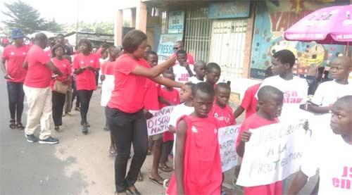 Célébration de la Journée Internationale des Droits de l'Enfant par les enfants des rues du Centre Ndako Ya Biso à Kinshasa