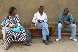 Ndako Ya Biso, animateurs en séance de travail