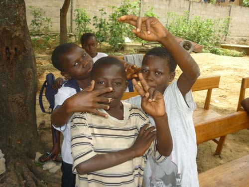 Enfants des rues de Kinshasa, centre Ndako Ya Biso