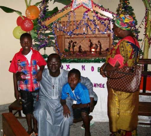 Fête de Noël pour les enfants des rues du Centre Ndako Ya Biso à Kinshasa