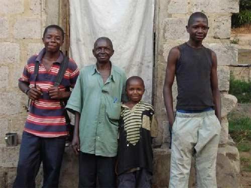 Réunification familiale d'un enfant de la rue dans sa famille à Kinshasa