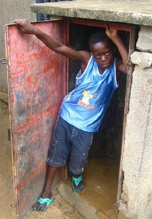 Le nouveau centre Ndako Ya Biso pour l'accueil des enfants de la rue à Kinshasa