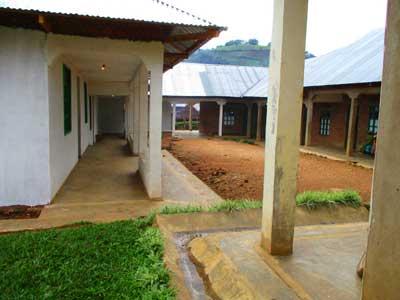 Construction d'une aile d'hospitalisation pour le centre de santé de Lukanga au Nord Kivu, RD Congo