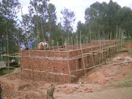 Construction de l'école primaire Vutegha au Nord Kivu, RD Congo