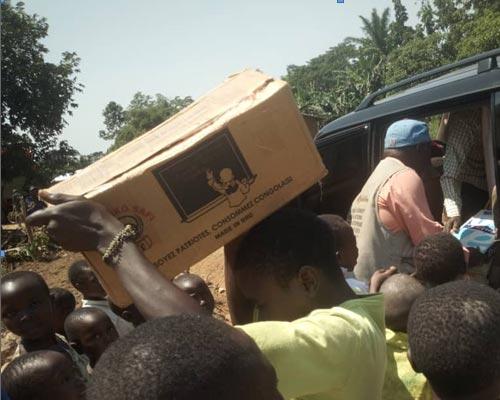 Les fournitures scolaires de Visiki sont toutes fabriquées en RD Congo.