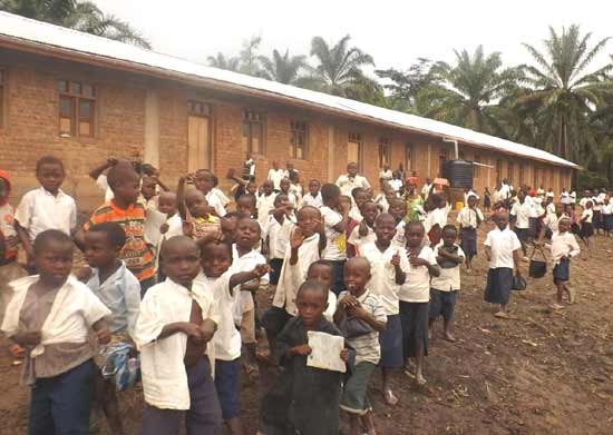 L'école du Village Orange de Kabweke au Nord Kivu en RD Congo, financée par la Fondation Orange