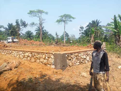 Fondation de l'école de Visiki en RDC