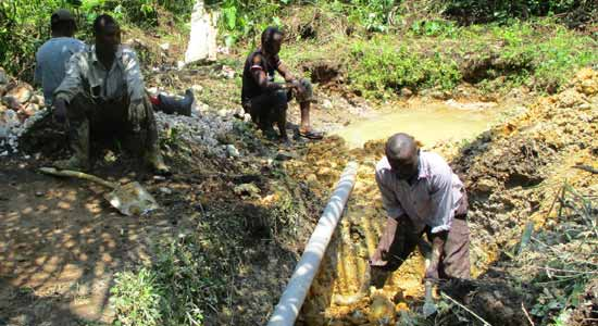 am nagement d 39 une source d 39 eau potable pour le village orange de kabweke en rd congo. Black Bedroom Furniture Sets. Home Design Ideas